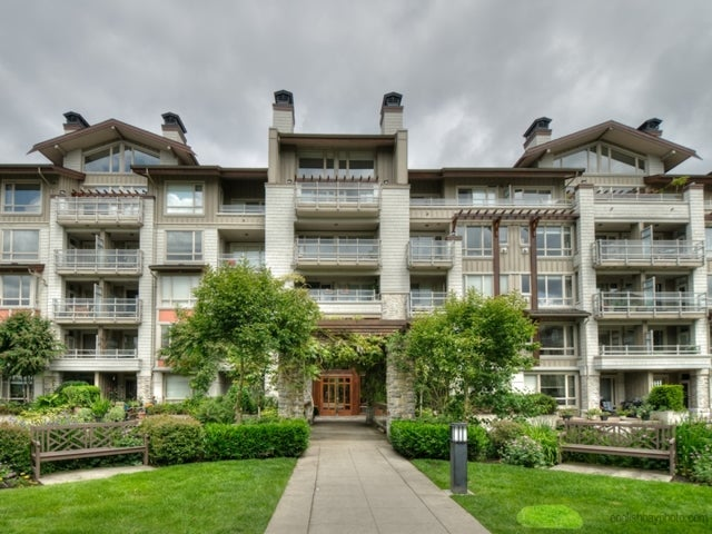 Seasons at Raven Woods    --   580 Ravenwoods DR, North Vancouver  - North Vancouver/Roche Point #1