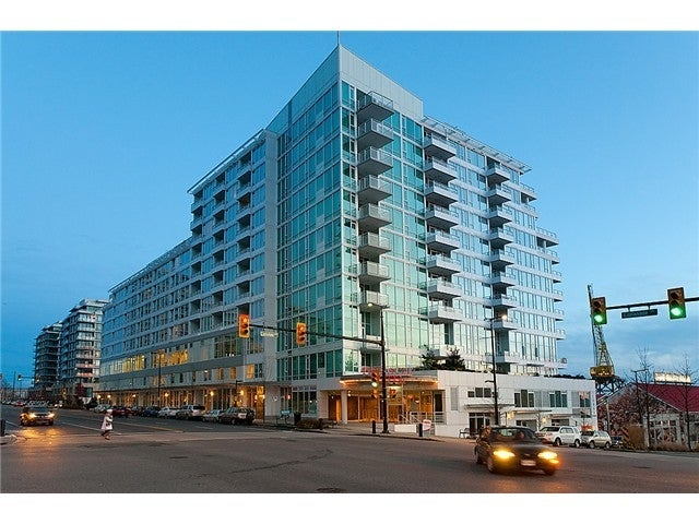 Pinnacle Waterfront Residences   --   133 E ESPLANADE ST - North Vancouver/Lower Lonsdale #1
