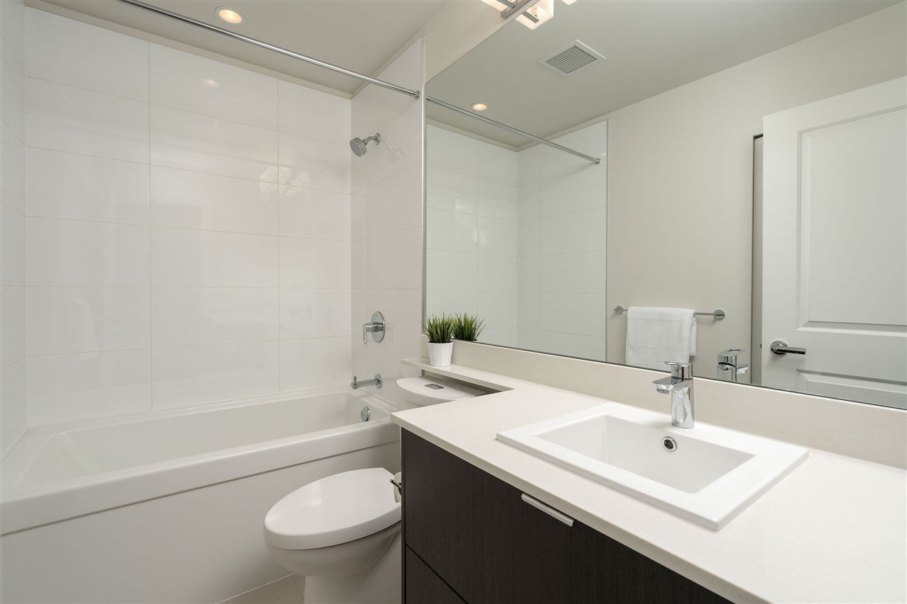 302 277 W 1ST STREET - Lower Lonsdale Apartment/Condo for sale, 2 Bedrooms (R2363436) #10
