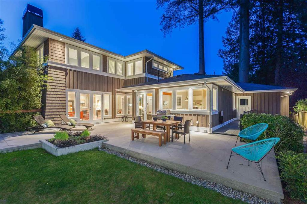 4151 Hoskins Road - Lynn Valley House/Single Family for sale, 6 Bedrooms (R2263505) #1