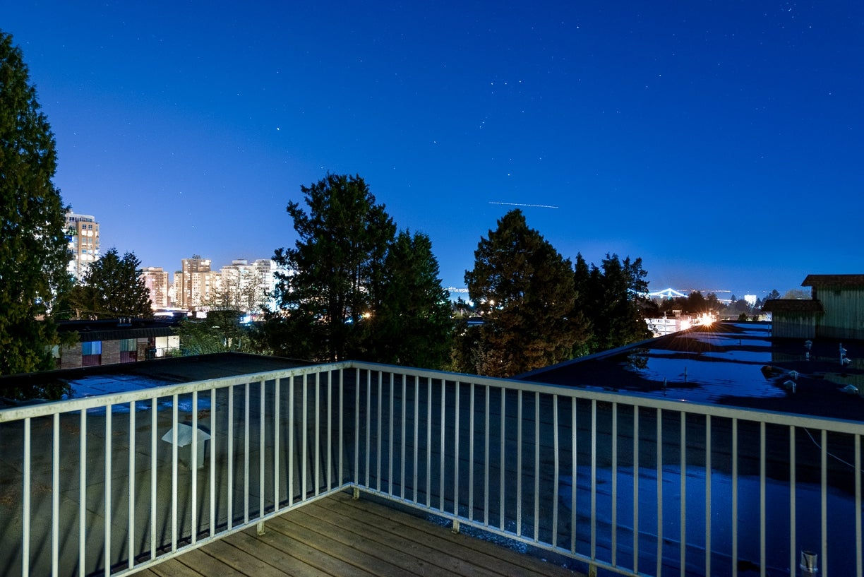 305 160 E 19TH STREET - Central Lonsdale Apartment/Condo for sale, 1 Bedroom (R2055688) #12