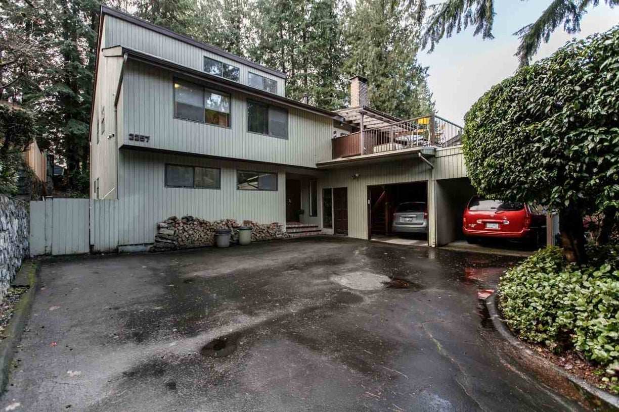 3257 TENNYSON CRESCENT - Lynn Valley House/Single Family for sale, 5 Bedrooms (R2028327) #1