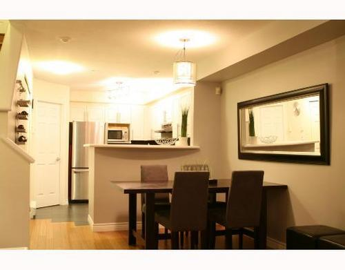 # 243 2565 W Broadway Bb - Kitsilano Townhouse for sale, 2 Bedrooms (V685017) #3
