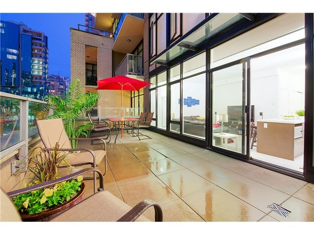 # 402 1252 HORNBY ST - Downtown VW Apartment/Condo for sale, 1 Bedroom (V1080598) #1