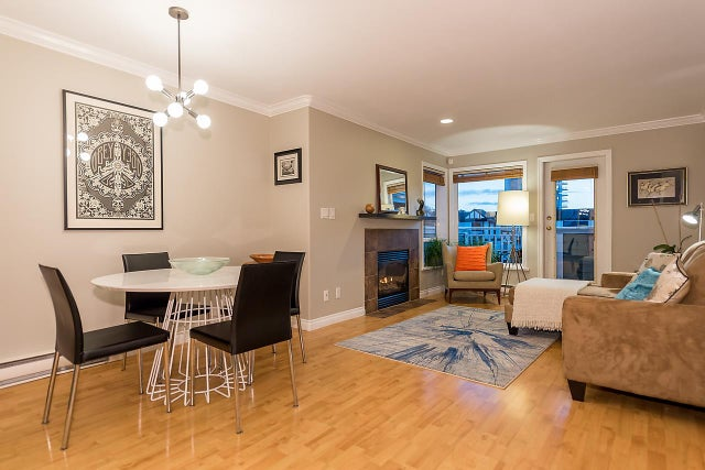 B 136 W 4TH STREET - Lower Lonsdale Townhouse for sale, 2 Bedrooms (R2010788) #2