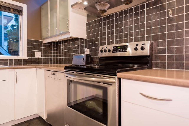 B 136 W 4TH STREET - Lower Lonsdale Townhouse for sale, 2 Bedrooms (R2010788) #7