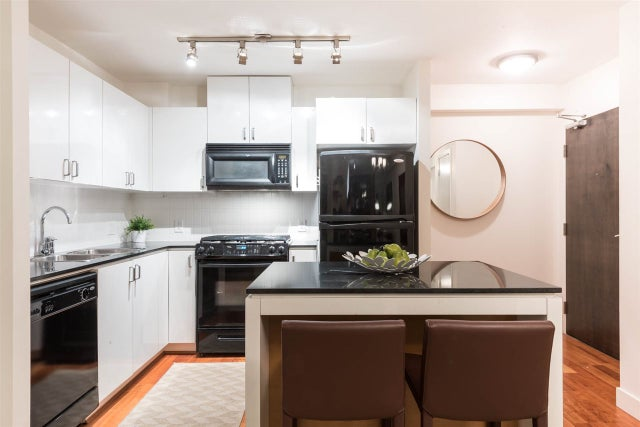 908 151 W 2ND STREET - Lower Lonsdale Apartment/Condo for sale, 1 Bedroom (R2193018) #1