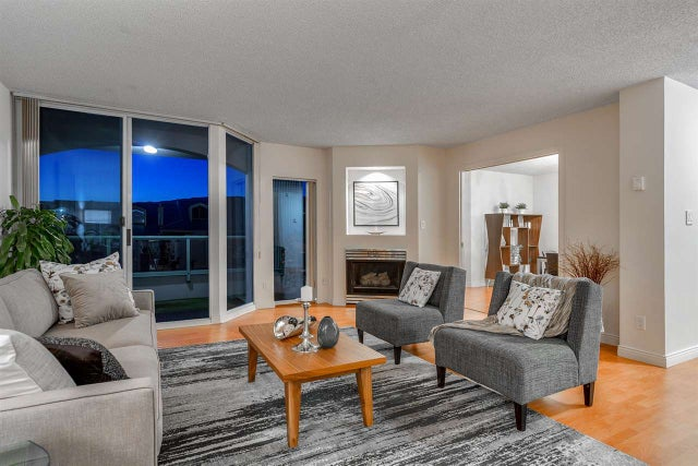 209 168 CHADWICK COURT - Lower Lonsdale Apartment/Condo for sale, 3 Bedrooms (R2210854) #2