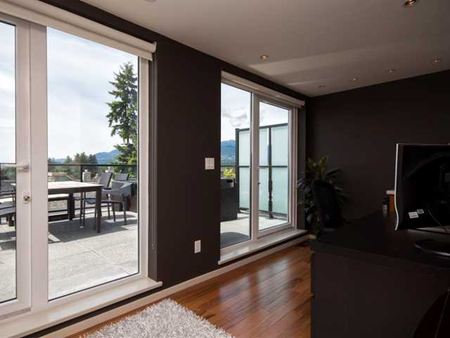 217 W 17th St, Central Lonsdale, North Vancouver  - Central Lonsdale Townhouse for sale, 4 Bedrooms (V1012147) #12