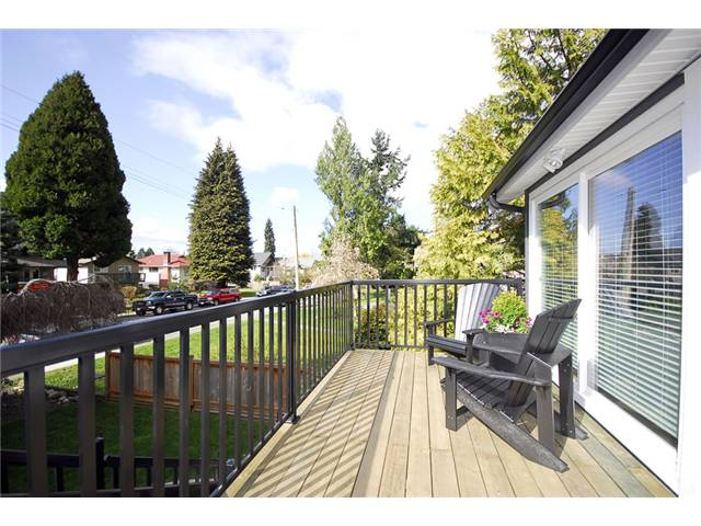 342 E 22nd St, Central Lonsdale, North Vancouver  - Central Lonsdale House/Single Family for sale, 4 Bedrooms (V883374) #2