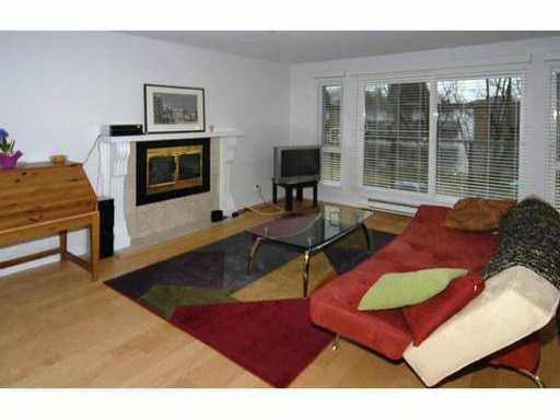 # 303 1200 W 10th Av - Fairview VW Apartment/Condo for sale, 2 Bedrooms (V930827) #2